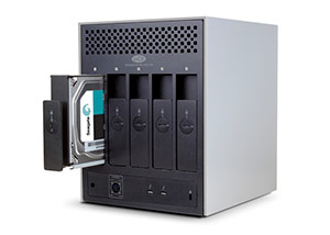 LaCie 5big Thunderbolt 2 Drives Pull-out View